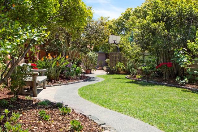 Path edging melbourne garden design idea