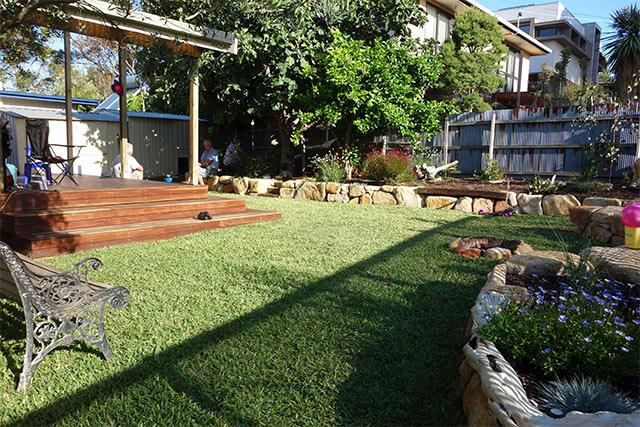 Landscaping melbourne yarra landscapes for Landscaping melbourne